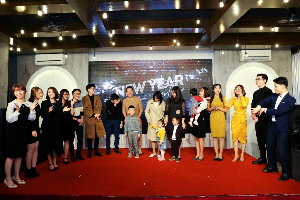 """New Year Party 2020 - bữa tiệc ấm cúng bên """"gia đình"""" MediaZ 9"""
