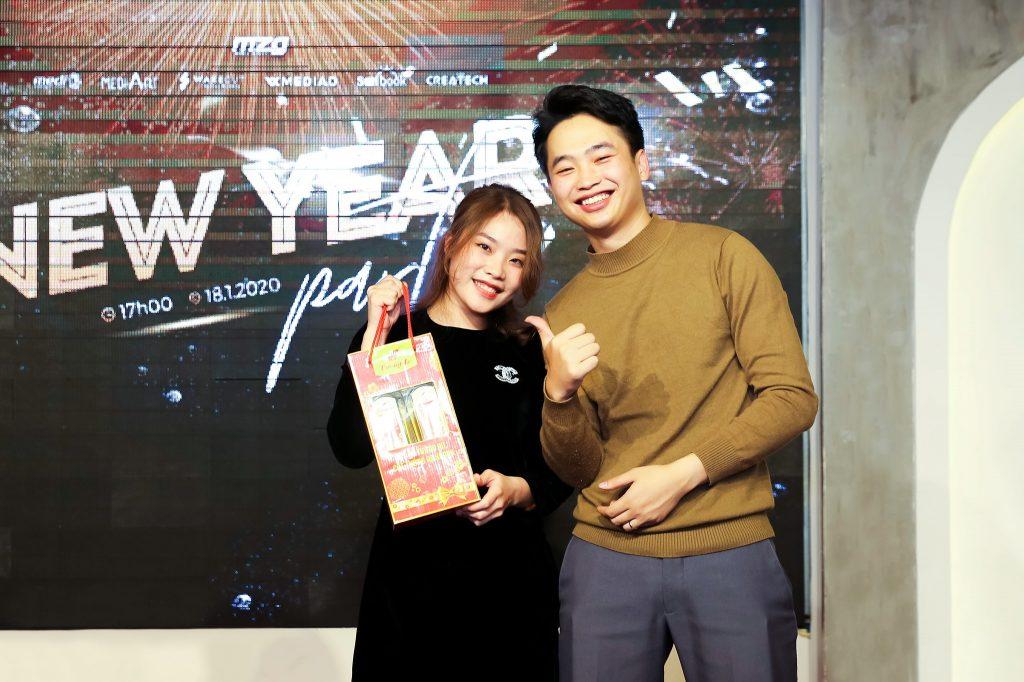 """New Year Party 2020 - bữa tiệc ấm cúng bên """"gia đình"""" MediaZ 15"""